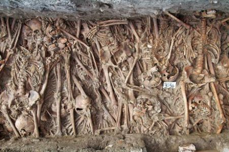 Plague victims found on a nearby Lazaretto (Lazaretto Vecchio)